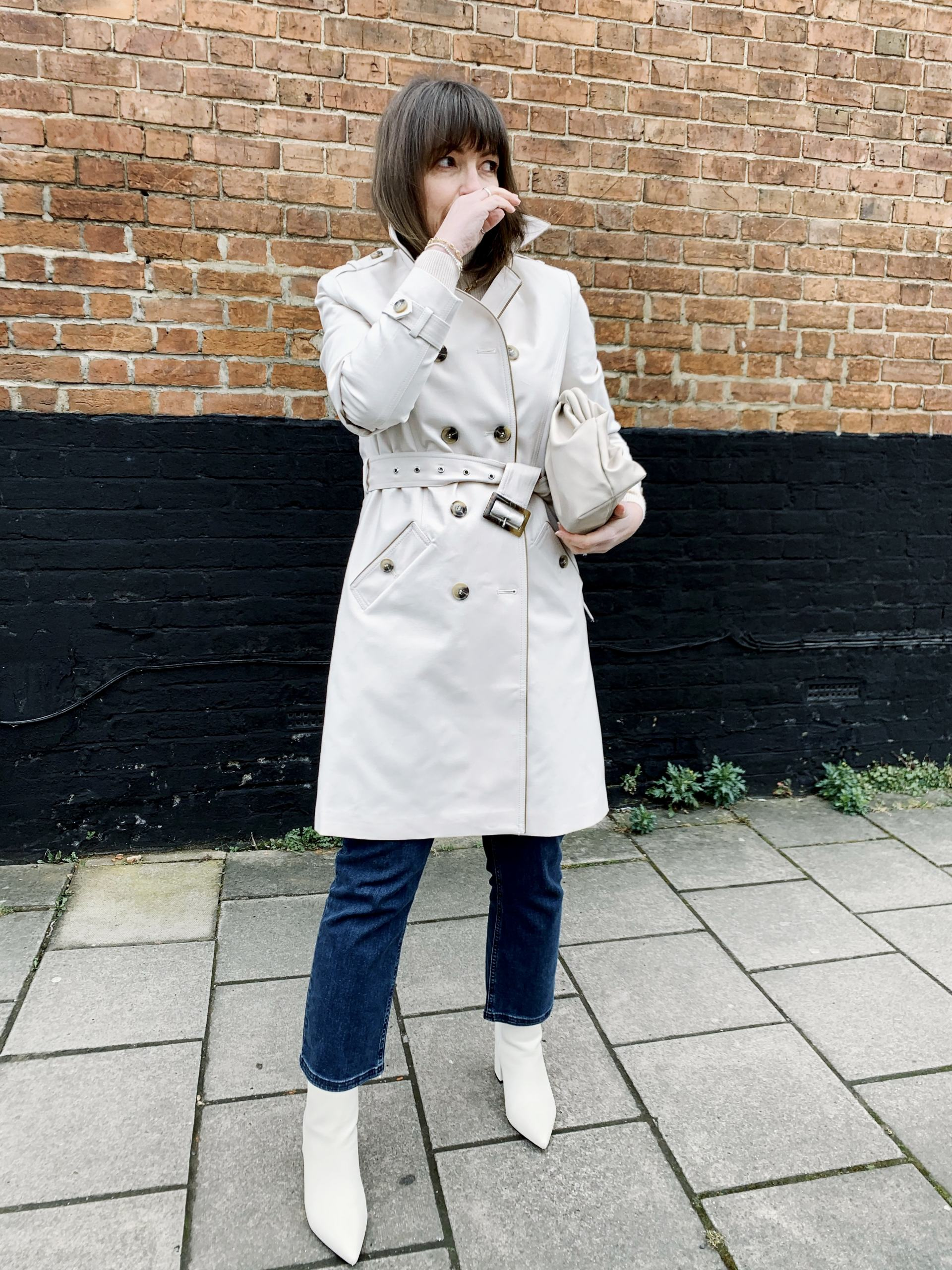 Trench Coat white as worn by LIzzi Richardson