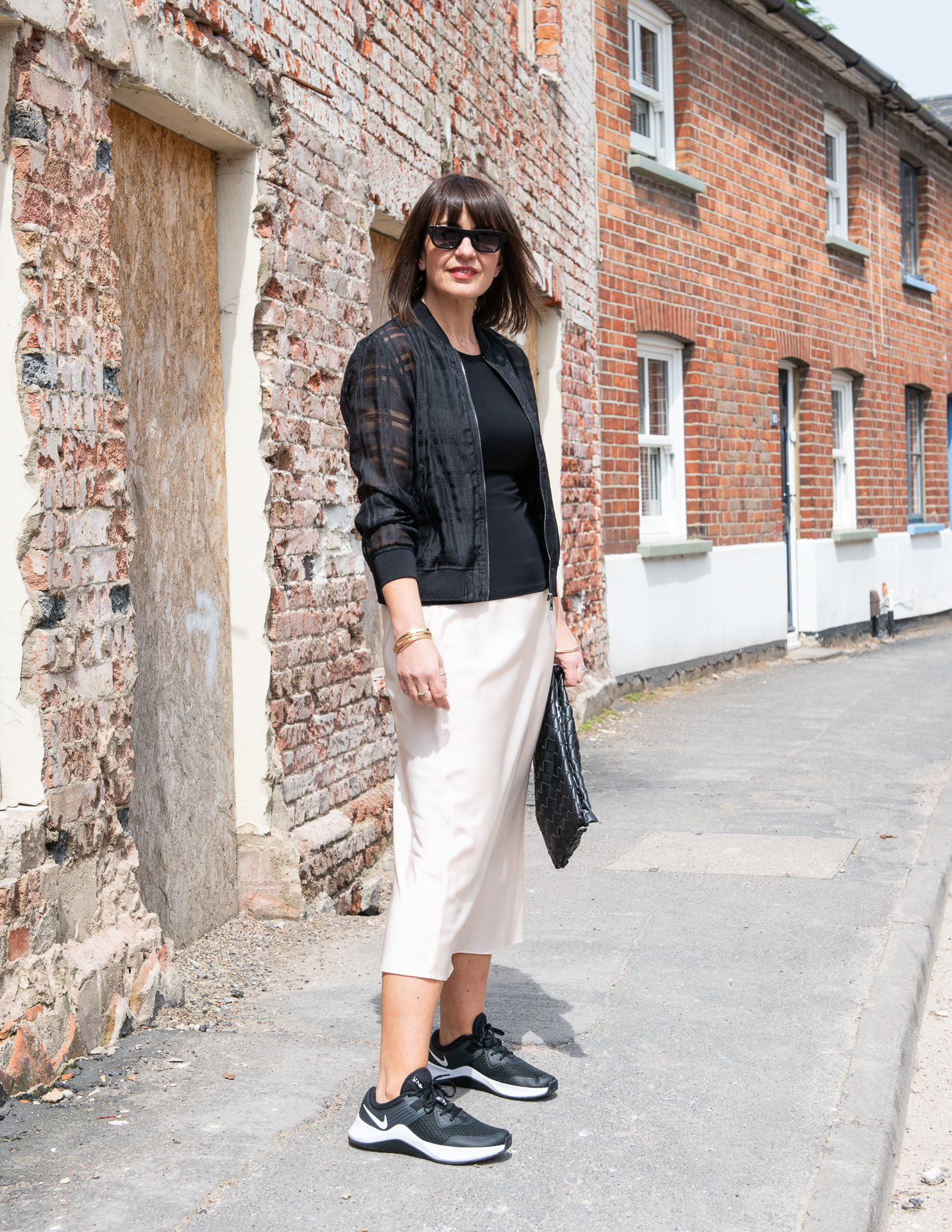 Monochrome outfit look by Lizzi Richardson